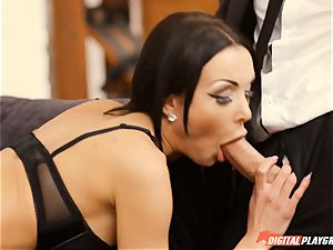Patty Michova has her wonderful cunny eaten and then deep throats lengthy knob