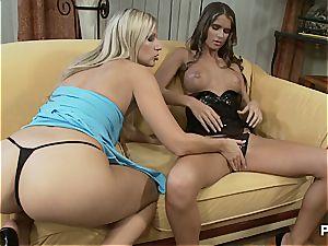 Nessa got the longest chest in porno
