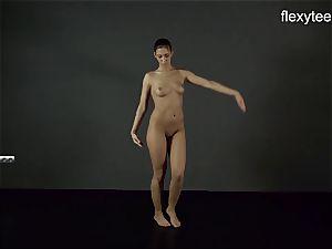 FlexyTeens - Zina demonstrates lithe naked assets