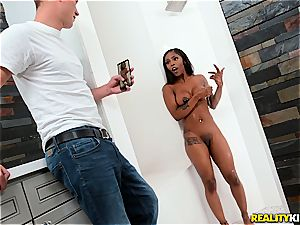 Sarah Banks gets pulverized in the bathroom
