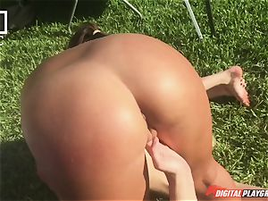 lezzy orgy with feminist Haley Reed and kinky housewives