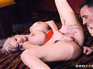 Keiran Lee pecker plunging Sandra star