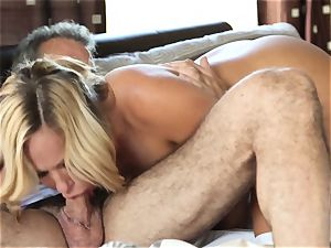super-hot blondie wifey Olivia Austin The Key Sn 4